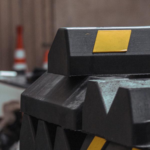 neoland-fabrica-industrial-productos-viales-caucho-llanta-topellanta-topellantasreciclado-reciclaje-inteligente-senalizacion-vial-empresa-bogota-colombia-logo-foto